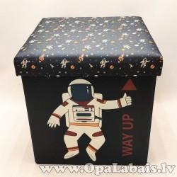 Izturīga mantu kaste- kosmonauts