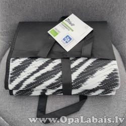 Pludmales paklājs (zebras rakstā)