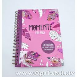 """Dienasgrāmata """"Momente fur mich"""""""